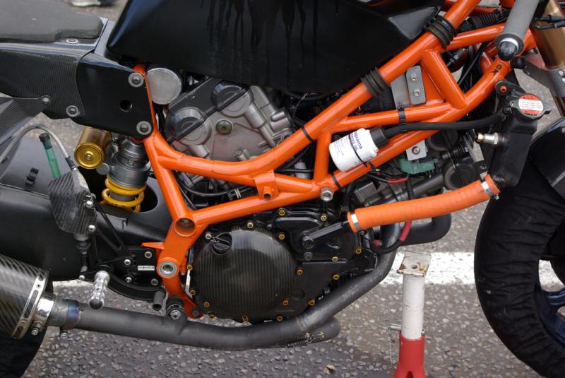 SV 650 Rider Club. Suzuki 650 sv, carbu et injection  3eab3176