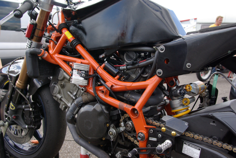SV 650 Rider Club. Suzuki 650 sv, carbu et injection  - Page 3 C3a01ebb