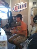 [Promo] Brian presenting the new single on Q100 Th_19838716-116183eec025681a6d517431c4