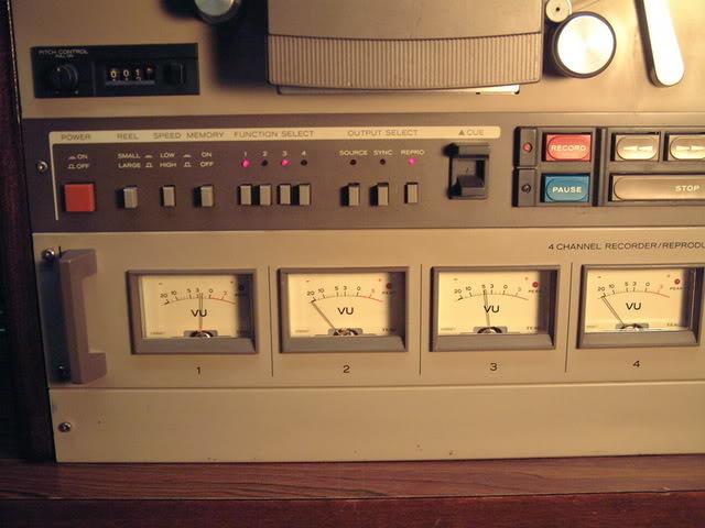 Akai GX 635 D DSCF0003-1