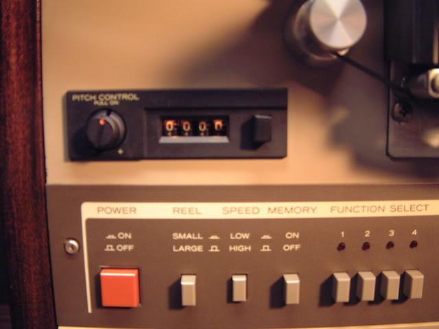 Akai GX 635 D DSCF0011
