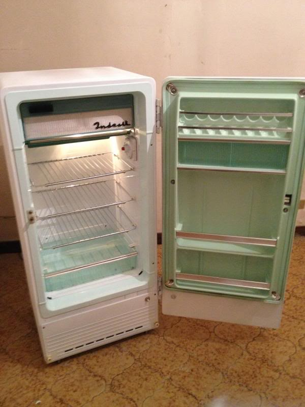 Restauro frigorifero anni 50... - Pagina 2 IMG_1134_zpsa04785c3