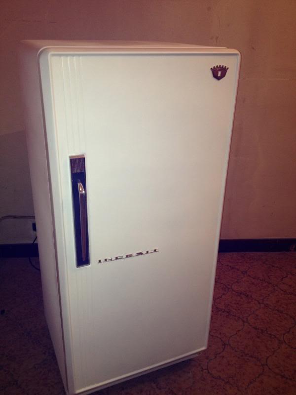 Restauro frigorifero anni 50... - Pagina 2 IMG_1137_zpse32a09a2