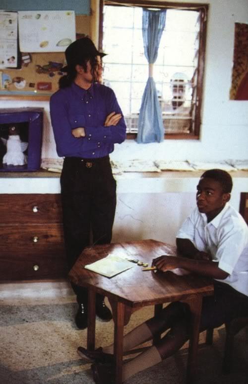 Raridades: Somente fotos RARAS de Michael Jackson. - Página 4 Jeans2
