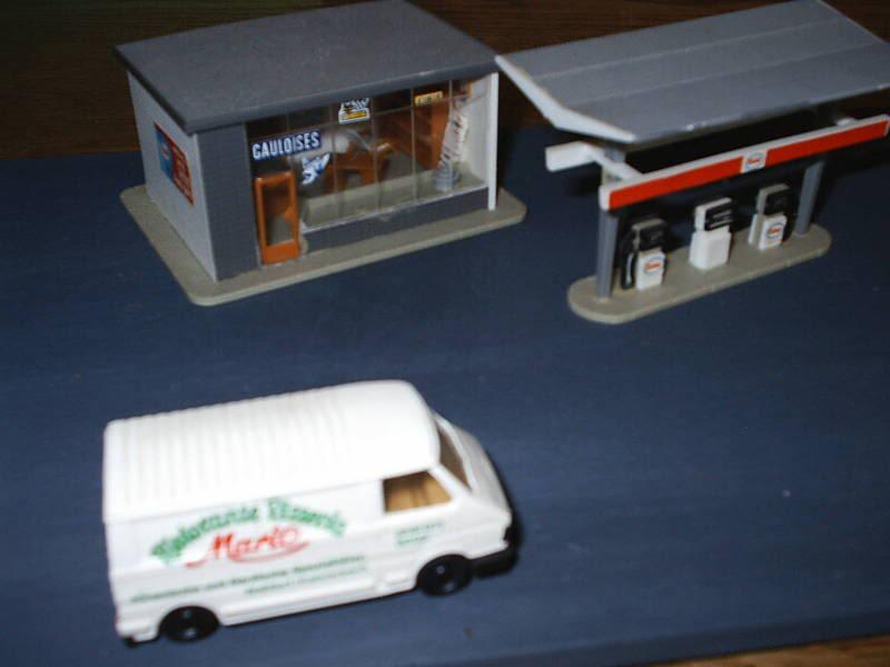 projet d'une Garage Citroen ech. 1/87 August09010
