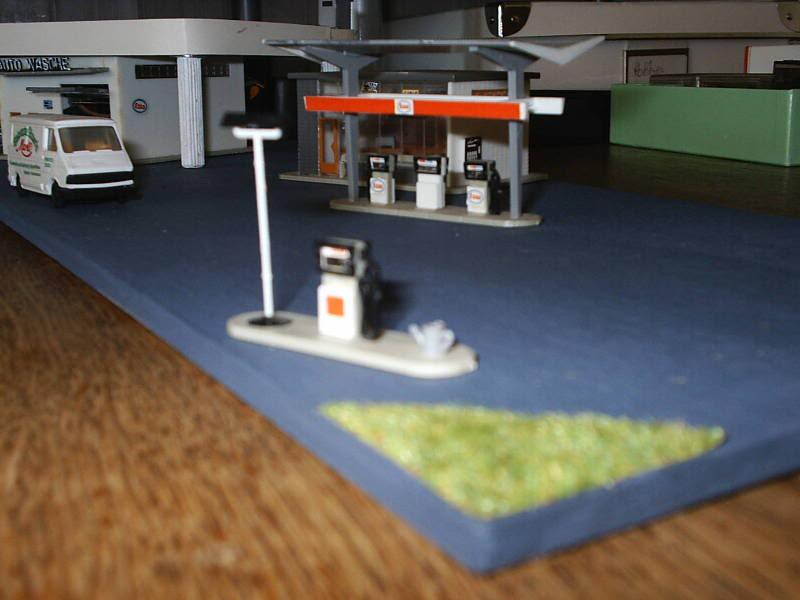 projet d'une Garage Citroen ech. 1/87 August09011