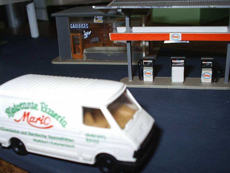 projet d'une Garage Citroen ech. 1/87 August09012