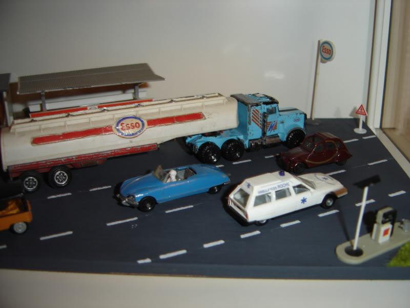 projet d'une Garage Citroen ech. 1/87 Nadja2009001