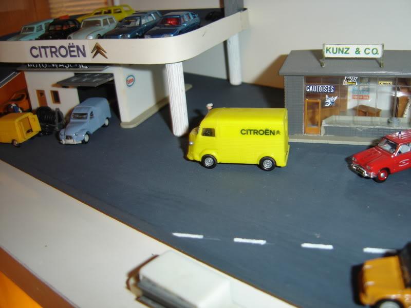 projet d'une Garage Citroen ech. 1/87 Nadja2009002