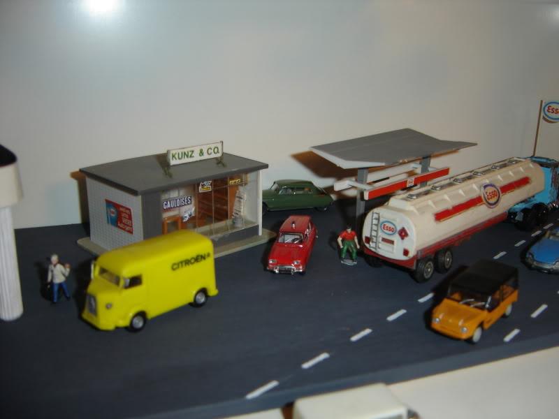 projet d'une Garage Citroen ech. 1/87 Nadja2009004