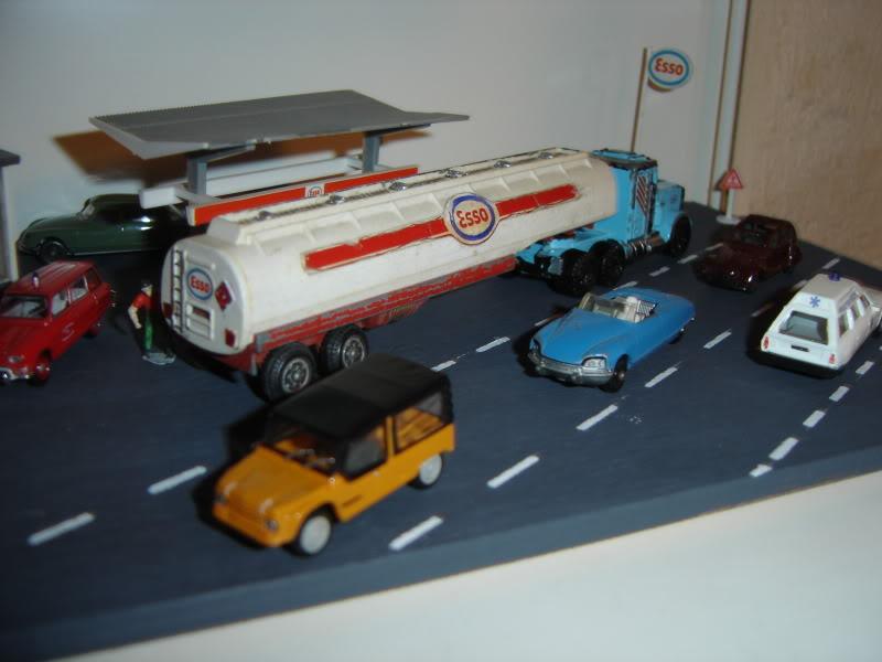 projet d'une Garage Citroen ech. 1/87 Nadja2009005