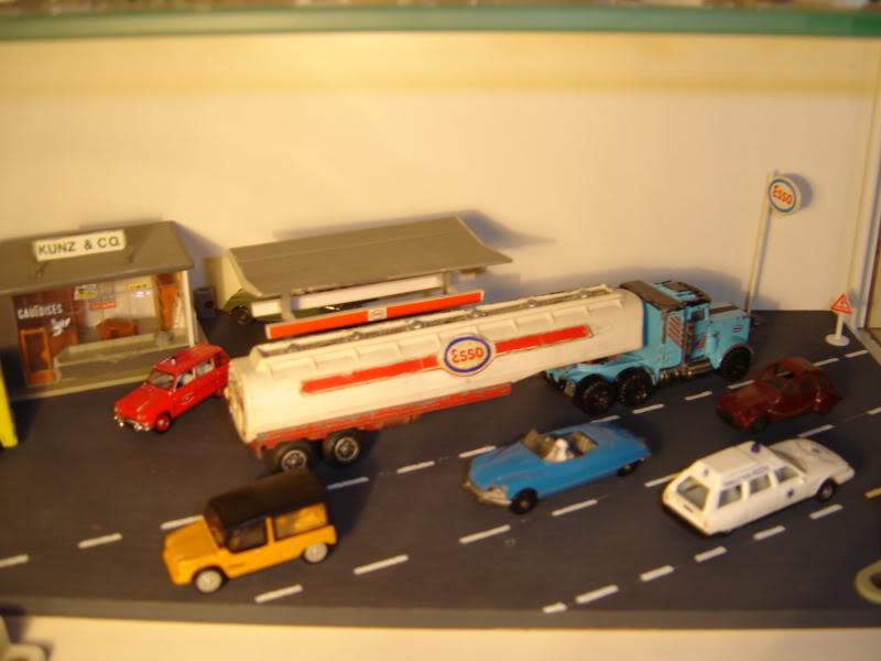 projet d'une Garage Citroen ech. 1/87 Nadja2009006