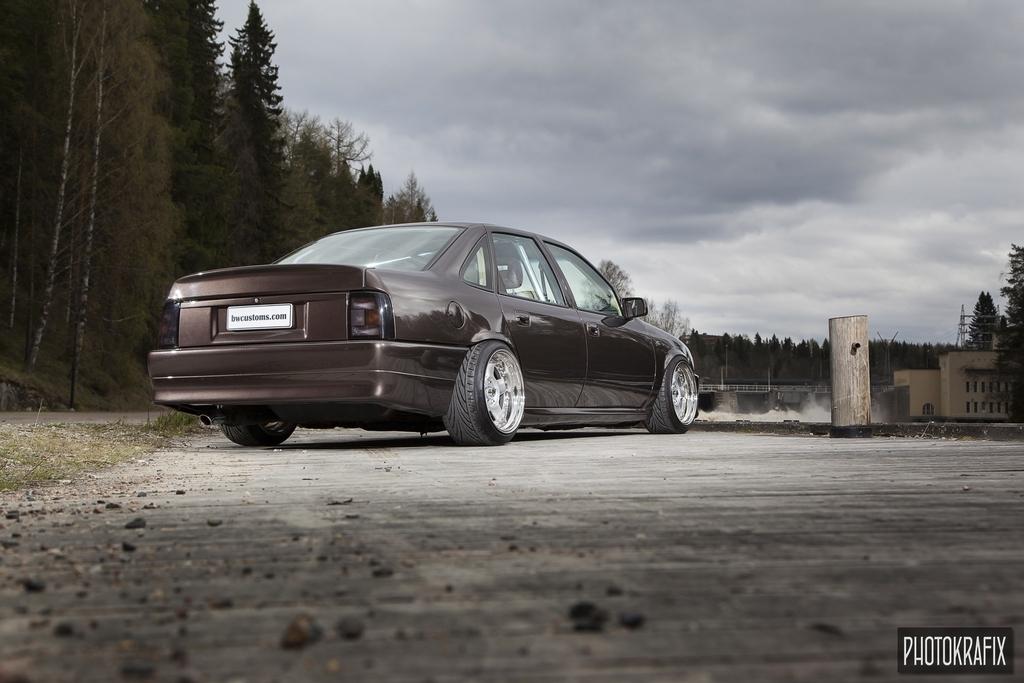 vector: vectra v6 + astra 1.6t - Sivu 8 Opel_Vectra_Veli-Matti_Martiskainen_09152015_0008