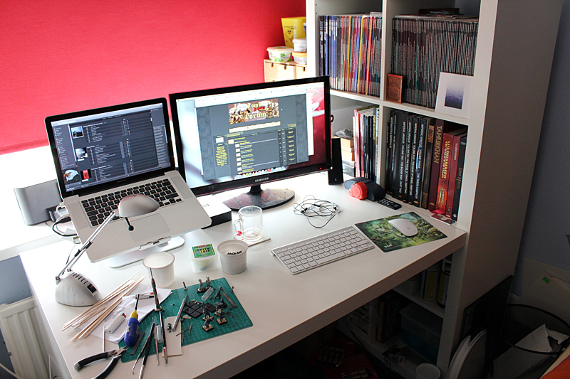 chaos - Post your workspace! - Page 11 Workspace_juli2012