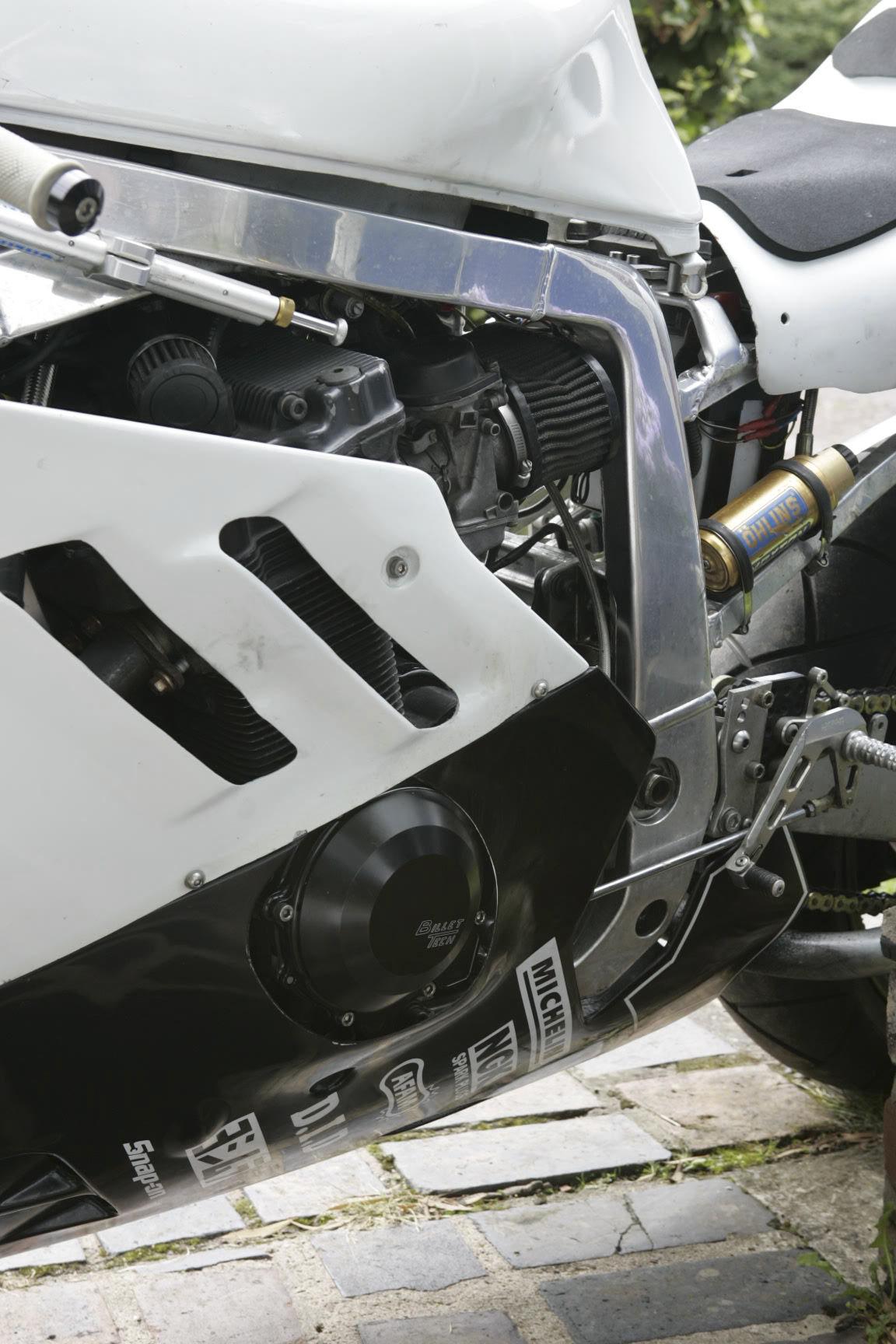 Suzuki GSX-R Slingshot 750 (88-91) et 1100 (89-92) _Y6L3419