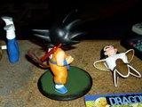 Figurines DBZ (Goku et Vegeta) Th_PICT2413