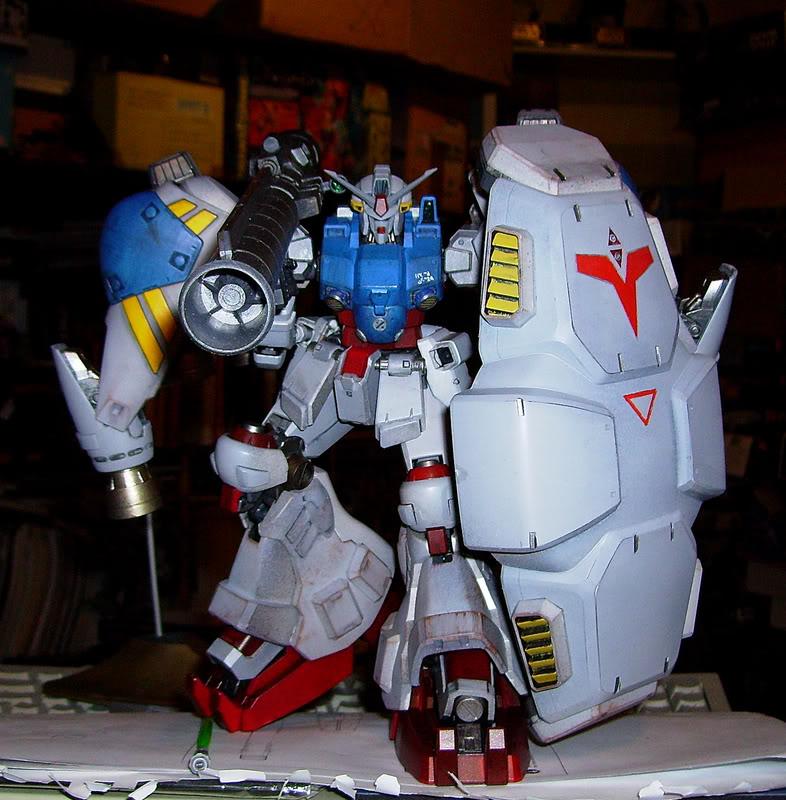Gundam RX-78 GP02 1/100 Master Grade Bandai PICT1426