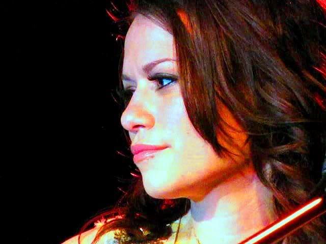 Bethany Joy Lenz - Haley James Scott - Página 3 GTBAW2051