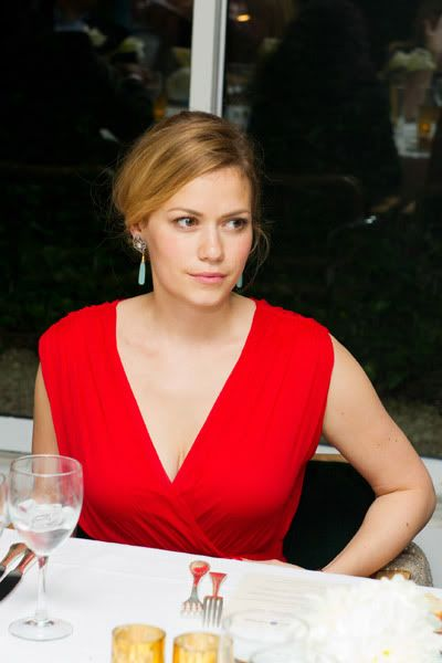 Bethany Joy Lenz - Haley James Scott - Página 5 Tumblr_ltbfscKEtm1qcf3p6o1_400
