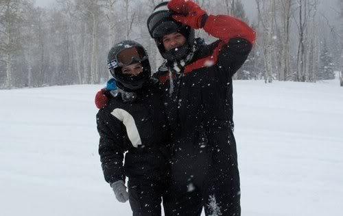 Sophia Bush & Austin Nichols In-Utah-sophin-11031882-500-316