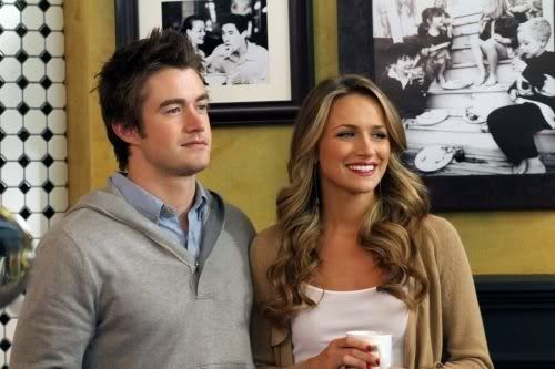NOVIDADES SOBRE 8ª Temporada - Spoilers - Página 9 One_Tree_Hill_Season_8_Episode_22_This_Is_My_House_This_Is_My_Home-458_595