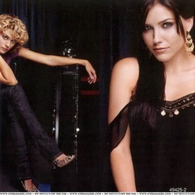 MERCHANDISE SCANS - ONE TREE HILL Normal002-4