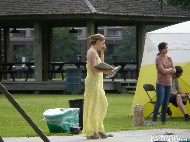 Bethany Joy Lenz - Haley James Scott - Página 4 Set009