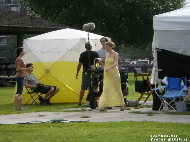 Bethany Joy Lenz - Haley James Scott - Página 4 Set010