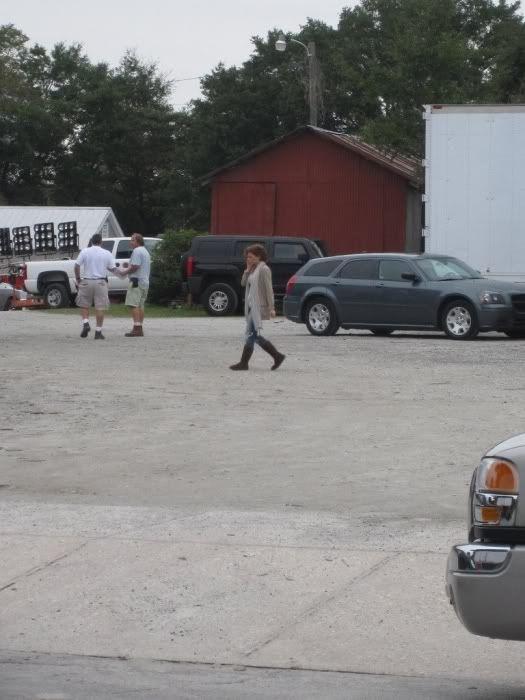 Fotos e Vídeos do Elenco de One Tree Hill nos Sets de Filmagem Normal_004-14