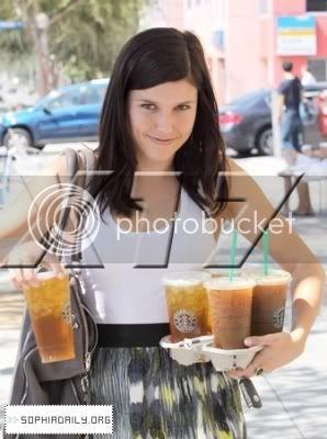 Fotos, Vídeos e Aparições Públicas - Sophia Bush (Brooke Davis) - Página 3 Normal_01