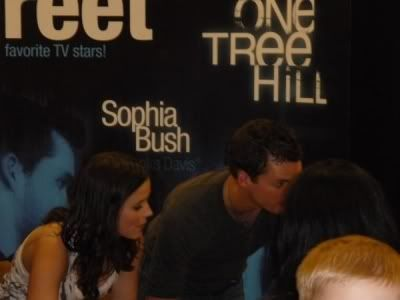 Sophia Bush & Austin Nichols Normal_12