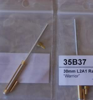 Vendo itens de Militaria, Canos de metal tudo na escala 1:35 Atualizado em 07/03/2014 DSC_4172