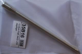 Vendo itens de Militaria, Canos de metal tudo na escala 1:35 Atualizado em 07/03/2014 DSC_4182