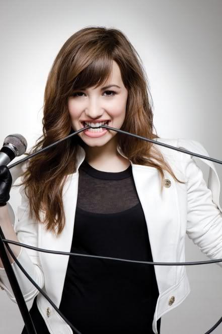 Demi Lovato  - Page 3 Demi