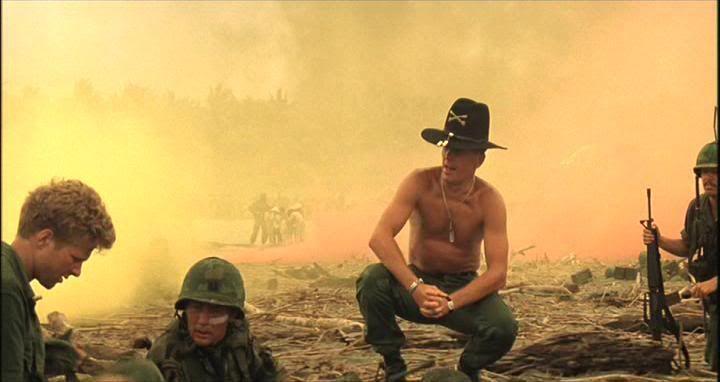 Adivina de que pelicula es esta escena Apocalypse_Now_Smell_Like_Victory