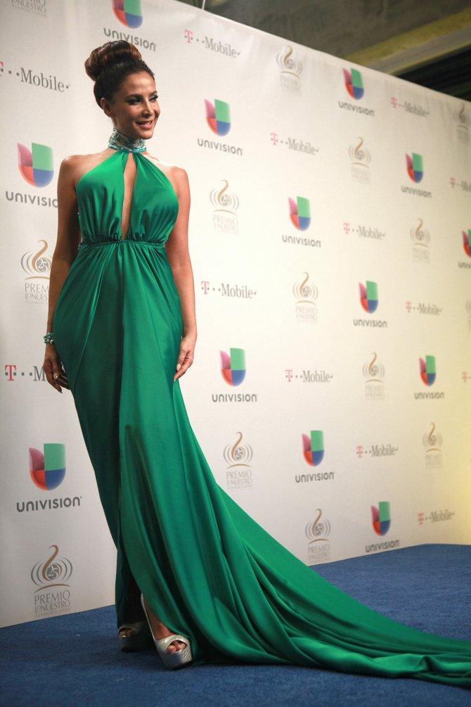 Лорена Рохас/Lorena Rojas - Страница 11 51d628a17021c02c36e260fbffcd276a