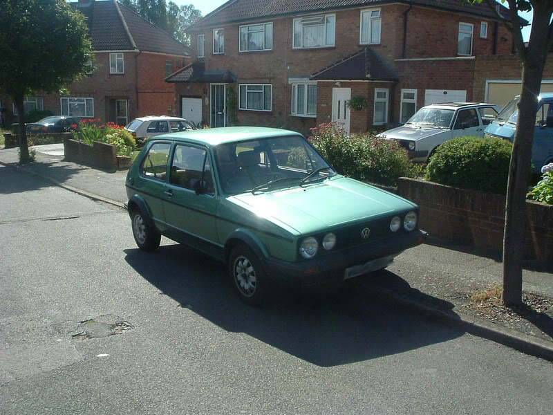 '83 Mk1 Golf Driver - Manifold back in paint... :-) DSCF2051