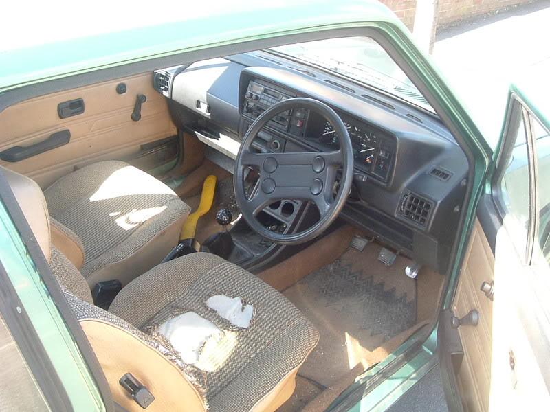 '83 Mk1 Golf Driver - Manifold back in paint... :-) DSCF2053