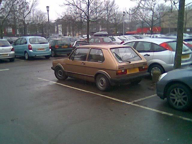 '83 Mk1 Golf Driver - Manifold back in paint... :-) Golfwork