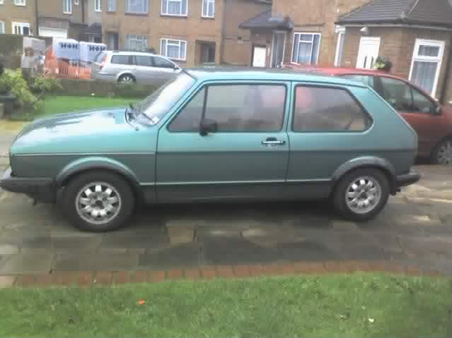 '83 Mk1 Golf Driver - Manifold back in paint... :-) Grrenery