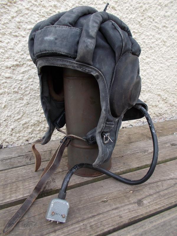 How to display hats and helmets 023_zpsh5ygu3ez