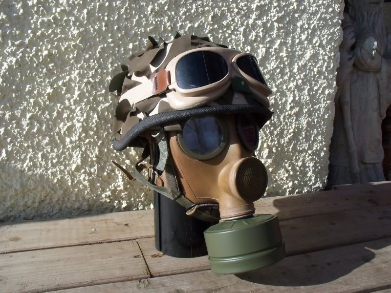French F1 Helmet-1st Model with Desert Cover+Goggles. 100_1870