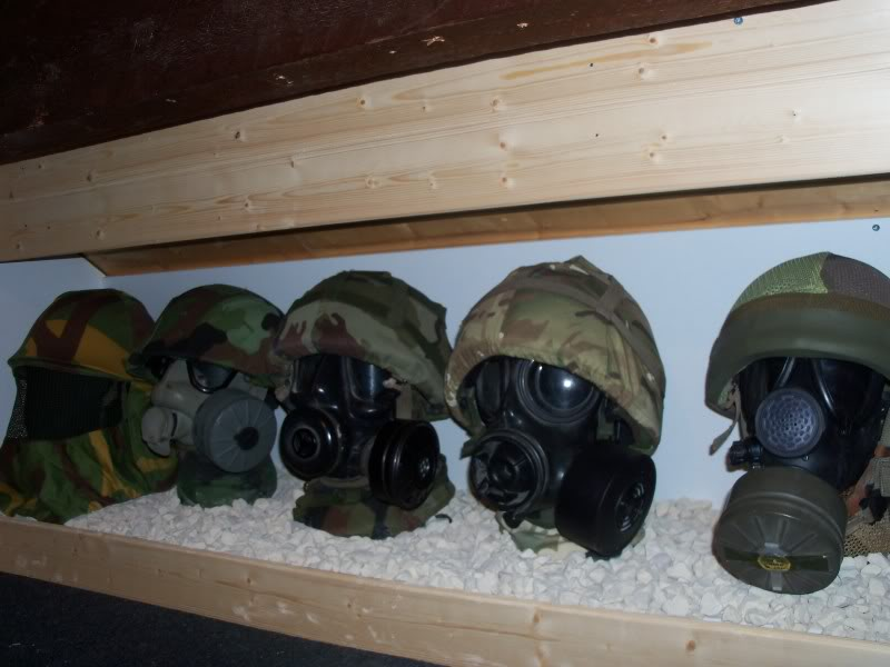 How to display hats and helmets 100_2214