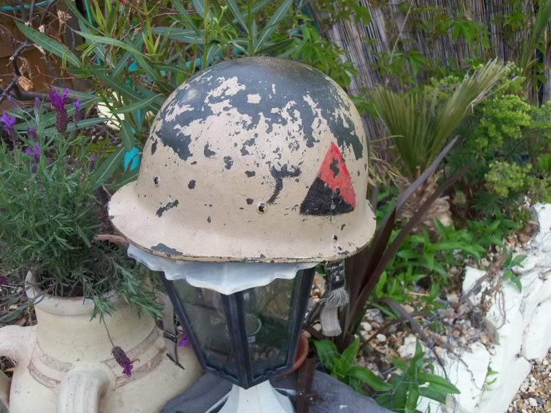m80 emblem identification help 100_2274
