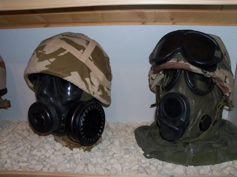 desert storm headgear display  100_2294