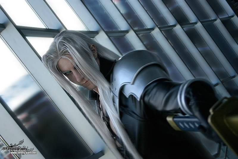 Cosplay Final Fantasy Sephiroth_Cosplay_by_Lillyxandra