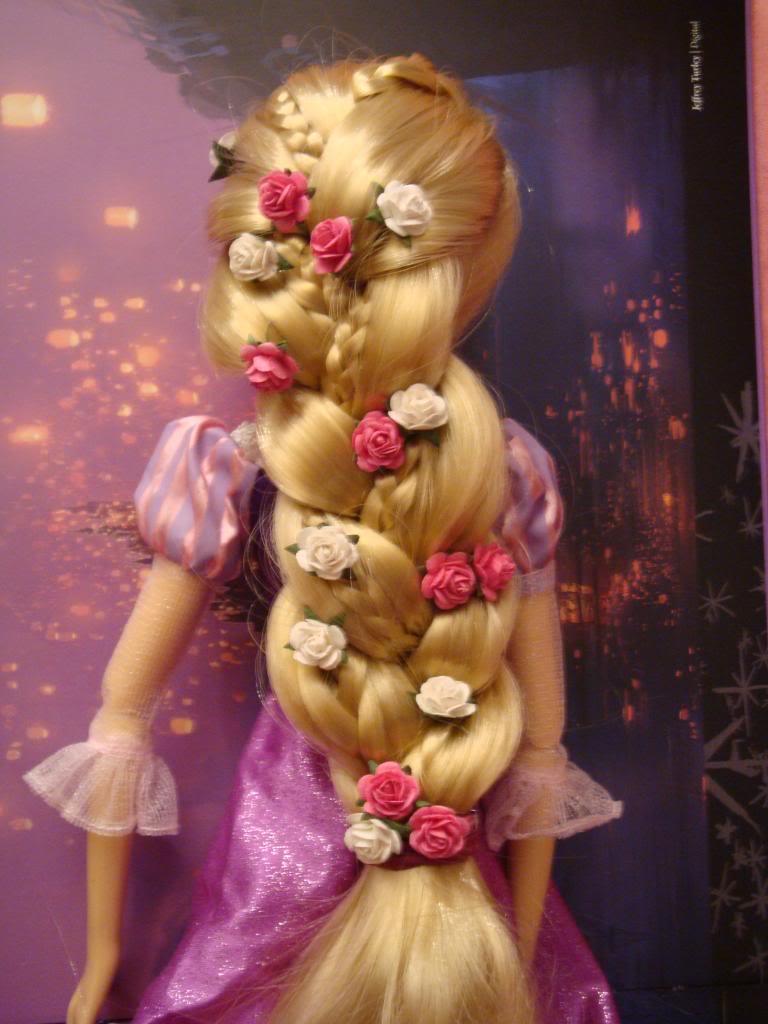 Disney Princesses Singing Dolls - Page 2 DSC04498