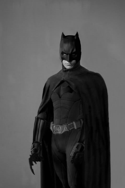 The Dark Knight de Christophe Nolan! ( Batman Begins  2 ) - Page 2 Lujho15_Sushi-edit-COWL