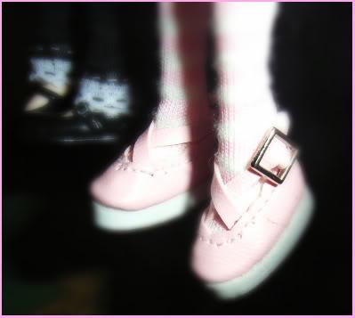 Mia's new shoes 3-2