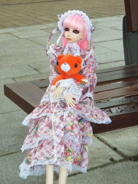 pink lolita dress + headress MCMexpoOCT0849